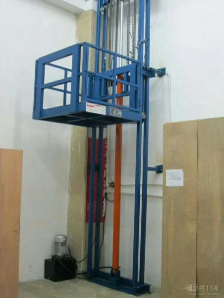 大雨天气下升降货梯的使用要注意安全