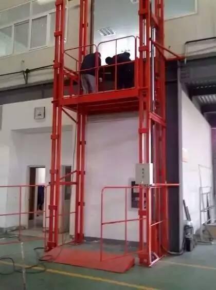 海南液压货梯的分类及特点